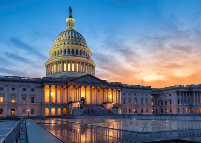 capitol-building-at-sunset-picture-id1223379619